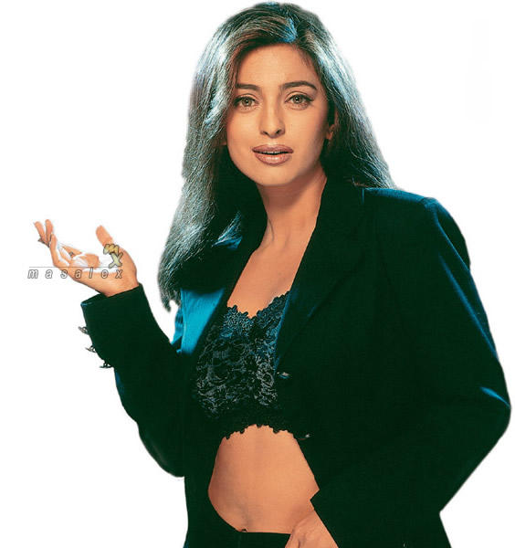 Juhi Chawla Sexy Belly Show Hot Pose Wallpaper