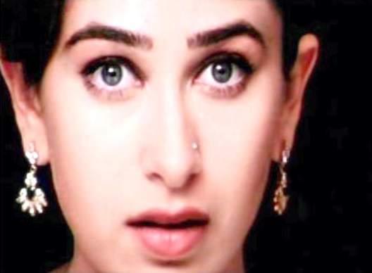 Karishma Kapoor Beautiful Eyes and Cute Lips Pic ...
