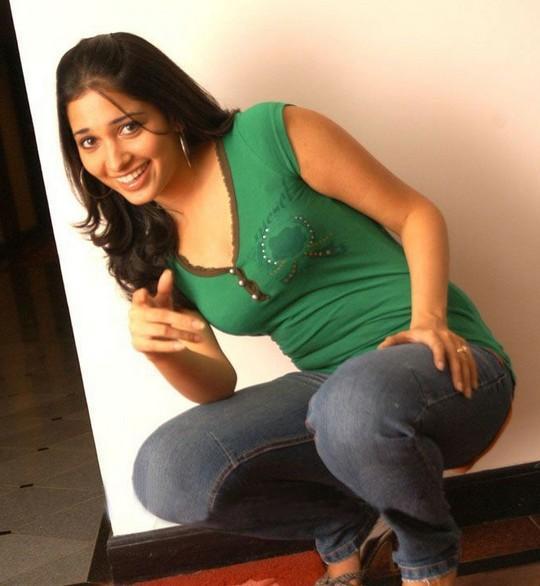 Tamanna In Saree In Rebel: Tamanna Bhatia Cute Pose Photo Shoot , Hyderabad Beauty