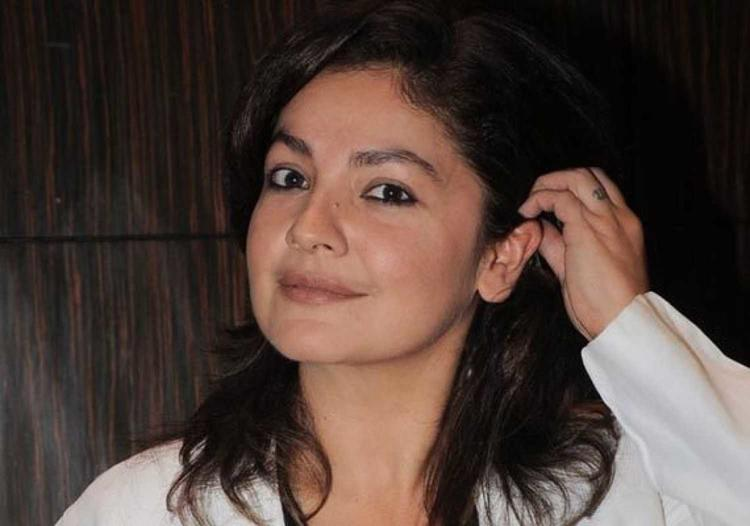 Pooja Bhatt's struggle with alcoholism is a true inspiration to all.