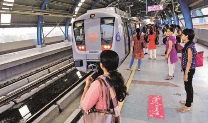 Delhi Government Freebies for Women- Are You Impressed?