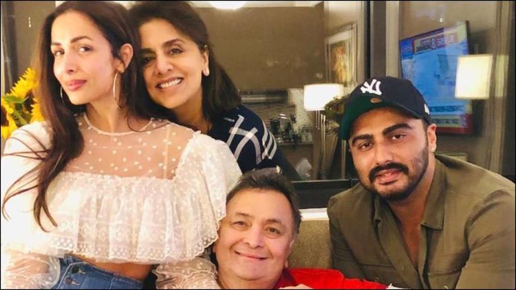 Lovebirds Arjun Kapoor-Malaika Arora Visit Rishi Kapoor in New York