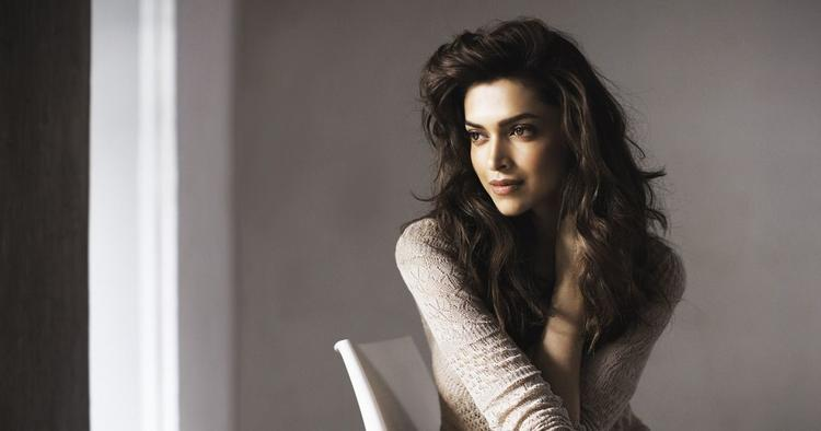 Deepika Padukone pays whopping amount as advance tax; beats Alia Bhatt and Kareena Kapoor Khan!!