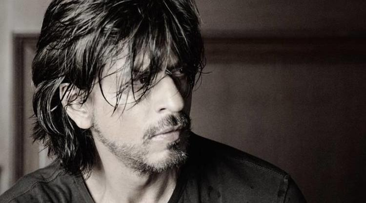 28 Years of SRK, Baadshah Marks it With This Hot Pic!