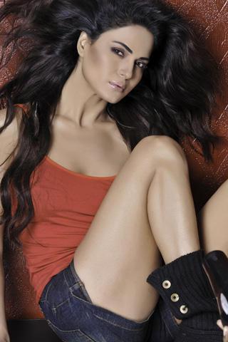Leggy Veena
