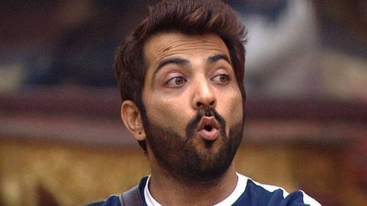 Manu Punjabi Exits BB14 Due to Pancreatitis Attack